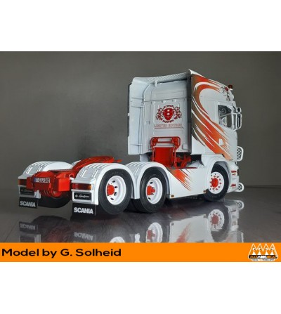 Griffin red and black - Scania kit - M62341 Solheid